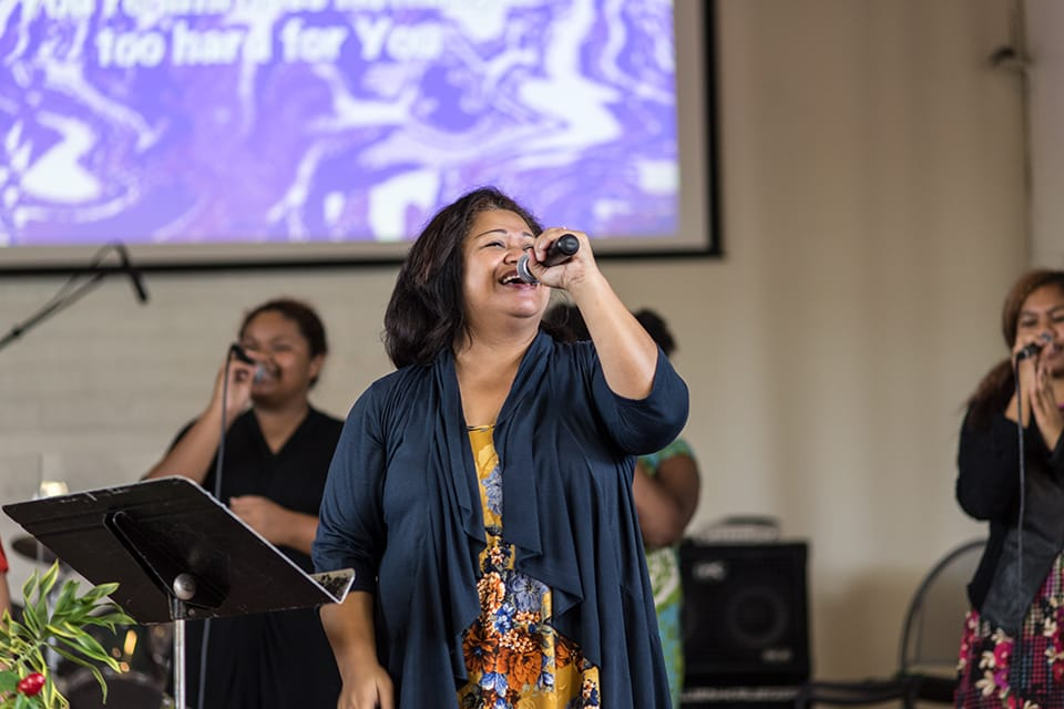 campus-image-central-worship-francine