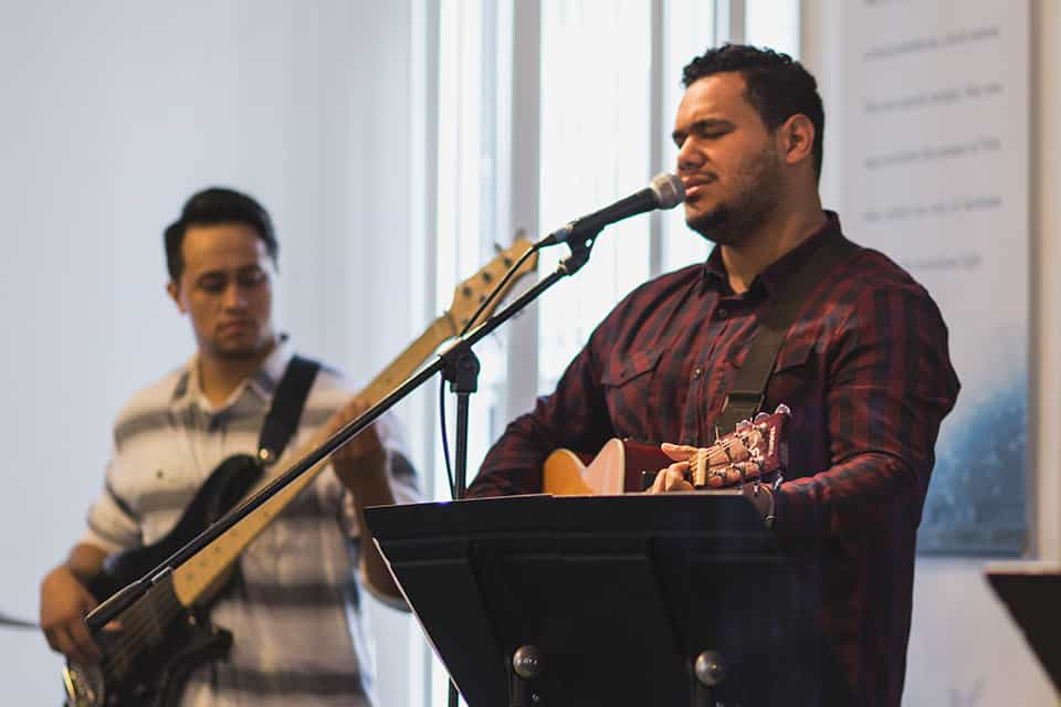 campus-image-windward-worship-leader