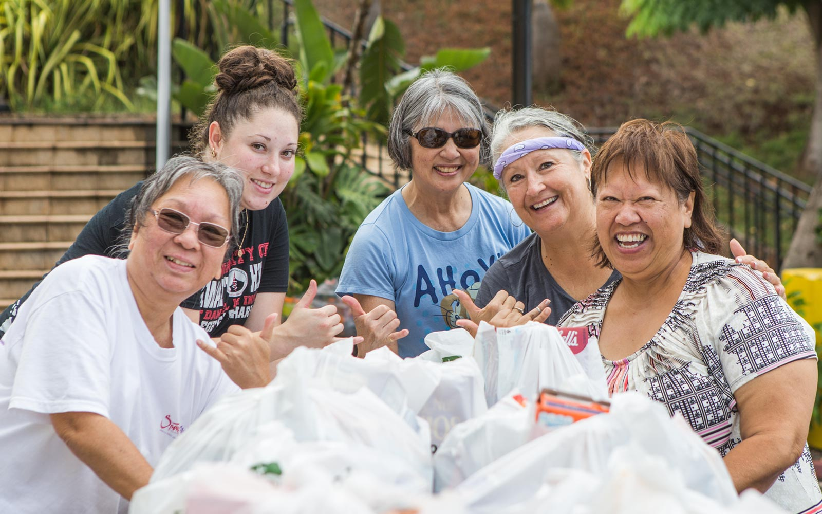 Free Food And Clothing Oahu